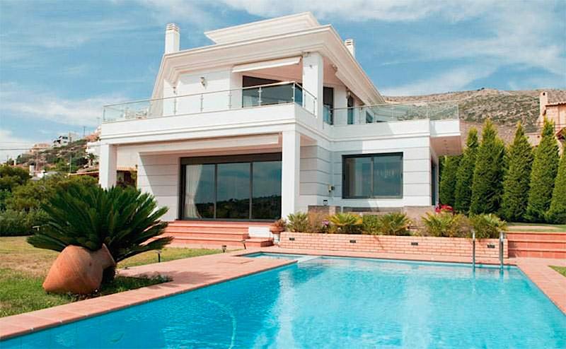 位于Saronida的全新豪华独栋房屋