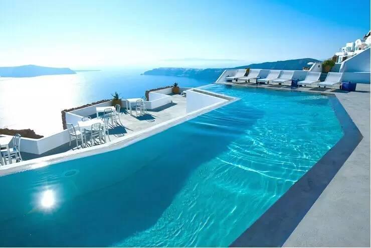 Santorini Grace