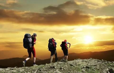 为什么经常旅行的人更可能获得成功呢?