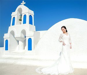 A romantic Greek tailor-made tour of Ms. Fan with Folli Follie