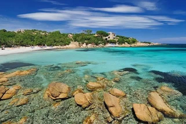 撒丁岛  畅玩翡翠海岸