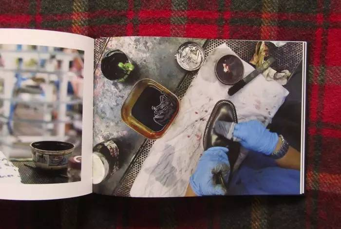 参观品牌的工作坊,您将亲身体验意大利传统手工艺,高超的技术和独特的魅力