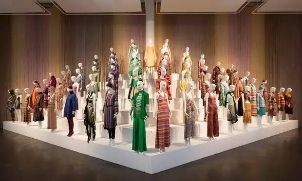 以针织著称的Missoni有着典型的意大利风格