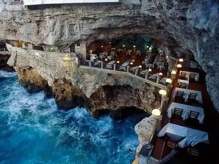 巴里海边悬崖餐厅