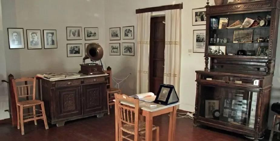 Vamvakaris博物馆