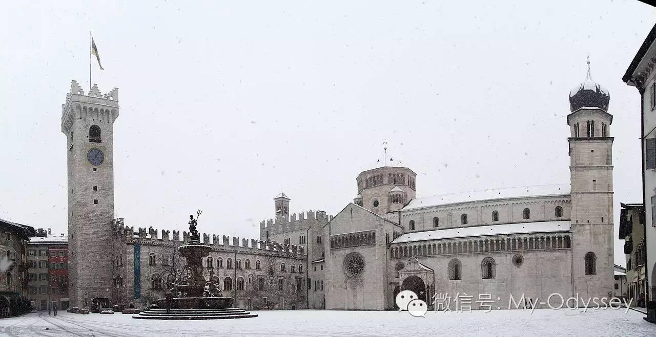 特伦托主教堂广场