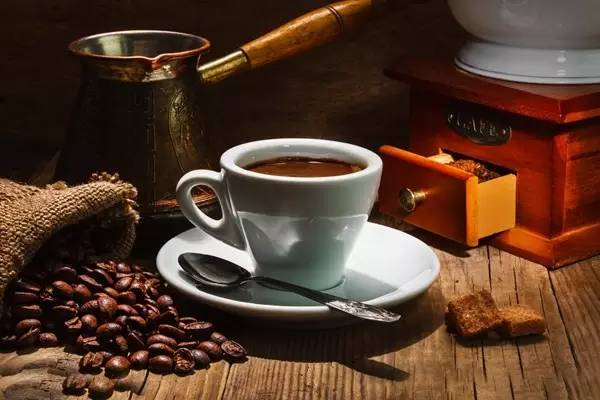 来自希腊的一缕幽香 | 咖啡是生活的主旋律