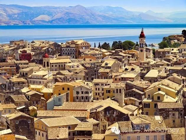 """在科孚岛的""""粉红宫殿""""品橙色茴香"""