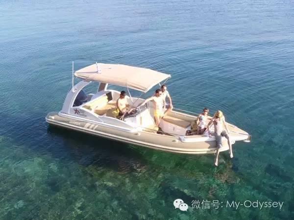轻松闲适的脚踏船、香蕉船