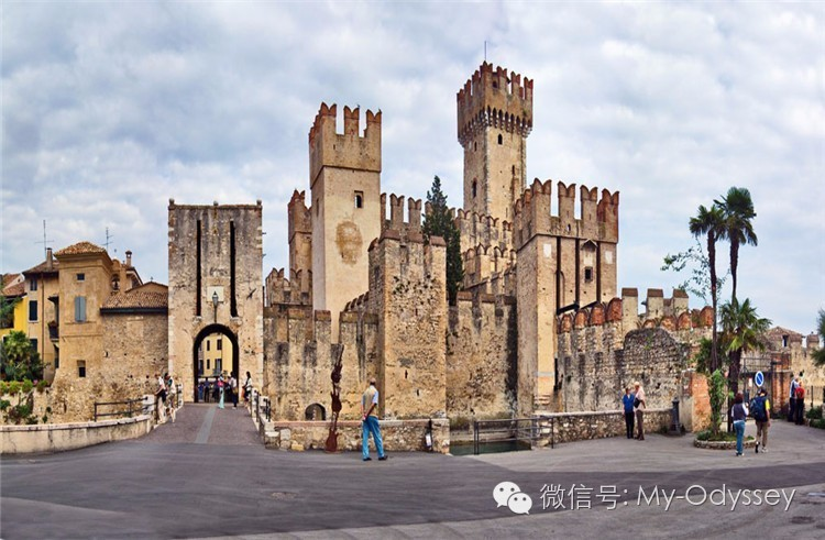 住进城堡·维罗纳卡斯特罗