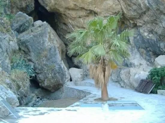 宁芙仙女洞穴温泉—卡拉布里亚