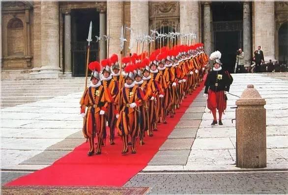 梵蒂冈圣诞_教皇的小彩蛋