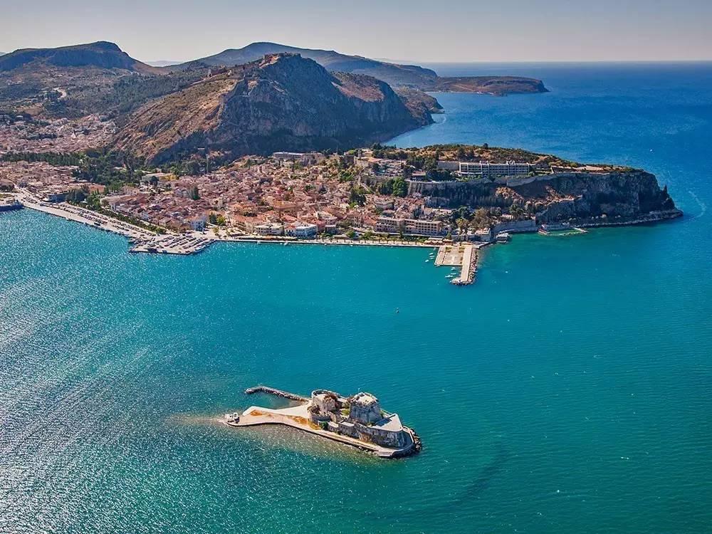 希腊最适合徒步的半岛